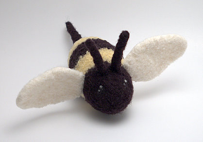 Bumblebee from Crafty Alien's Buggin Out pattern