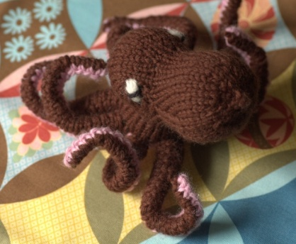 Have you ever seen an octopus knit?
